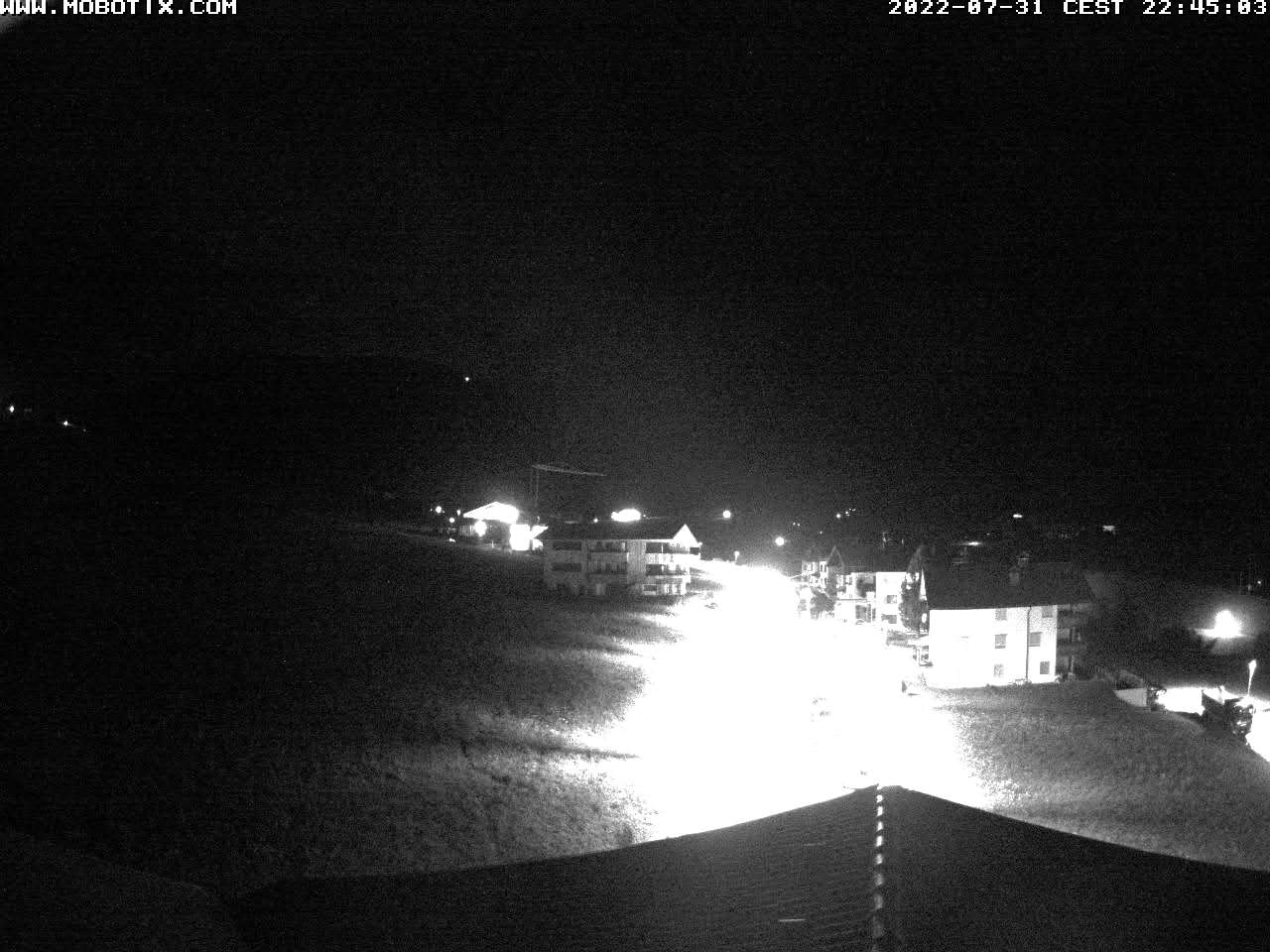 http://www.gsieserhof.com/webcam/current.jpg